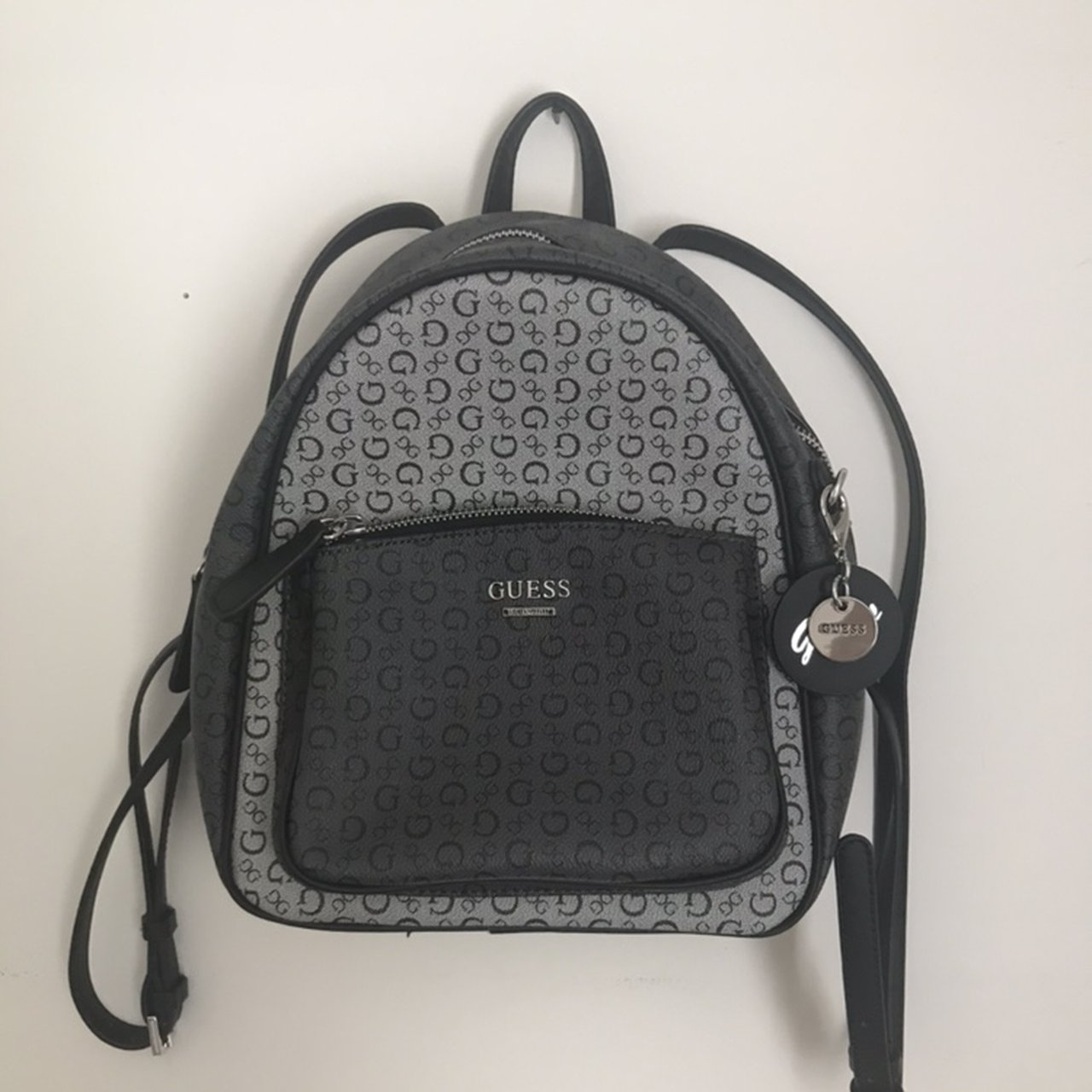 8a662f5e8 @lindseyscloset. 8 days ago. Snellville, United States. Guess backpack purse .