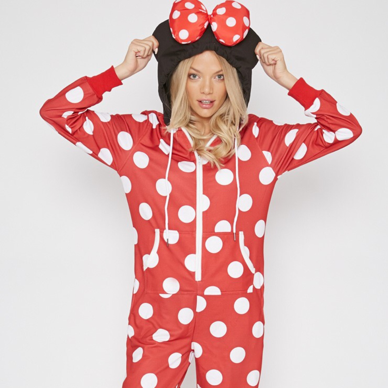 4f5960f0187 PrettyLittleThing Minnie Mouse onesie. Size small,... - Depop