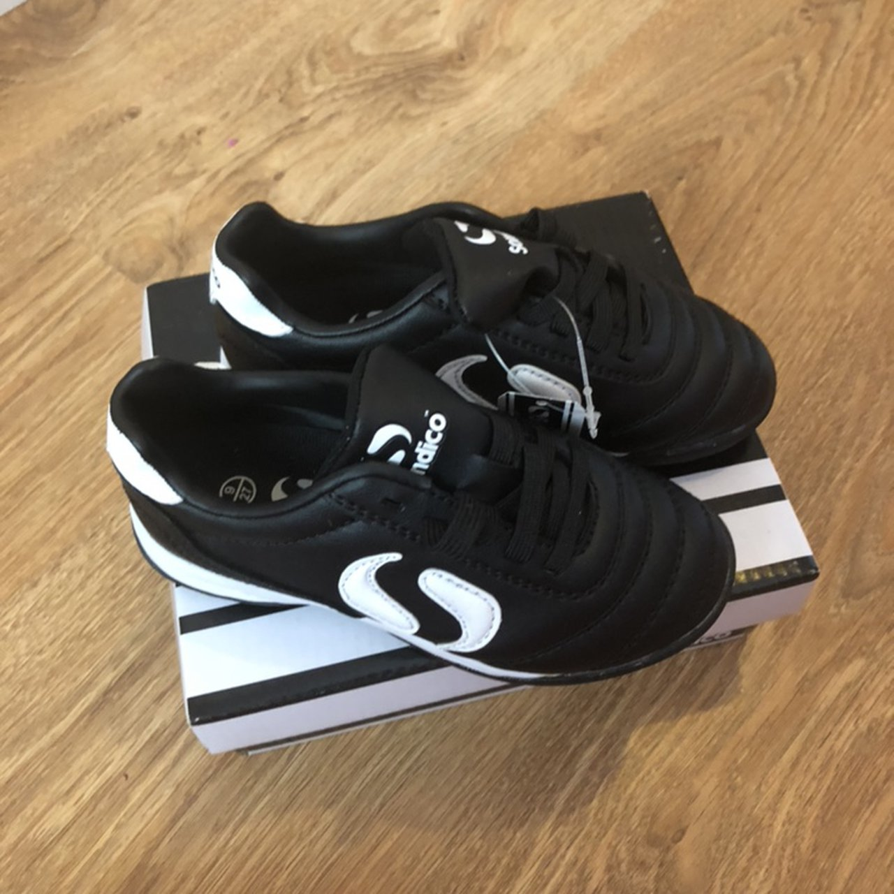 infant 9 football boots