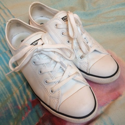 7f120120d0aae4 White leather exterior dainty converse in a size 5