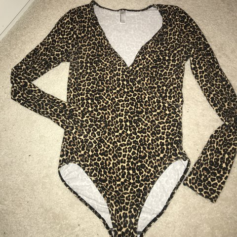5f9867927d6a AMAAAAAZING SUPER SEXY AMERICAN APPAREL CROSS OVER/LOW CUT I - Depop