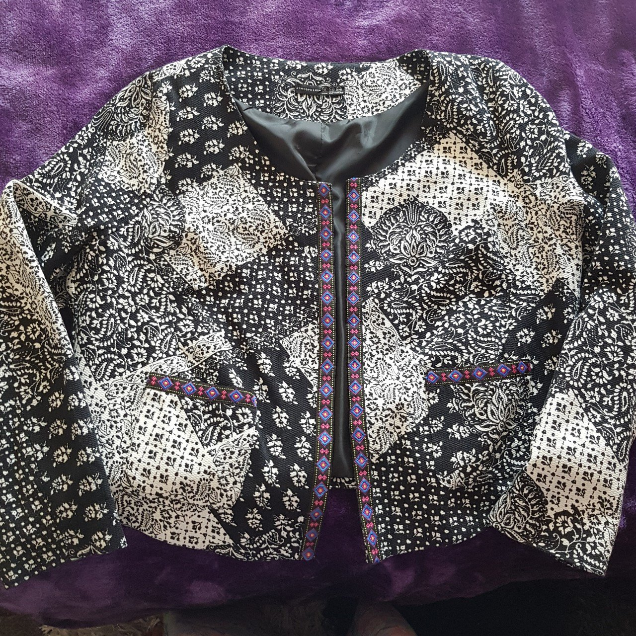 8f7f8d2c68a Cute jacket with border detailing. Nearly new worn a handful - Depop