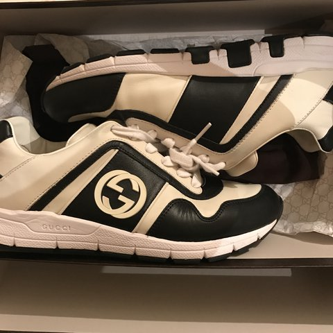 e6450b8fd4ff Selling my genuine Gucci runners originally bought from a to - Depop