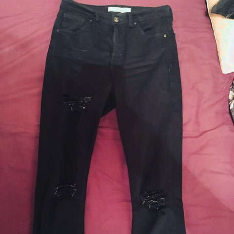 44290c7b53e @nl93. 2 years ago. United Kingdom. Black ripped Jamie jeans from topshop, size  10 ...