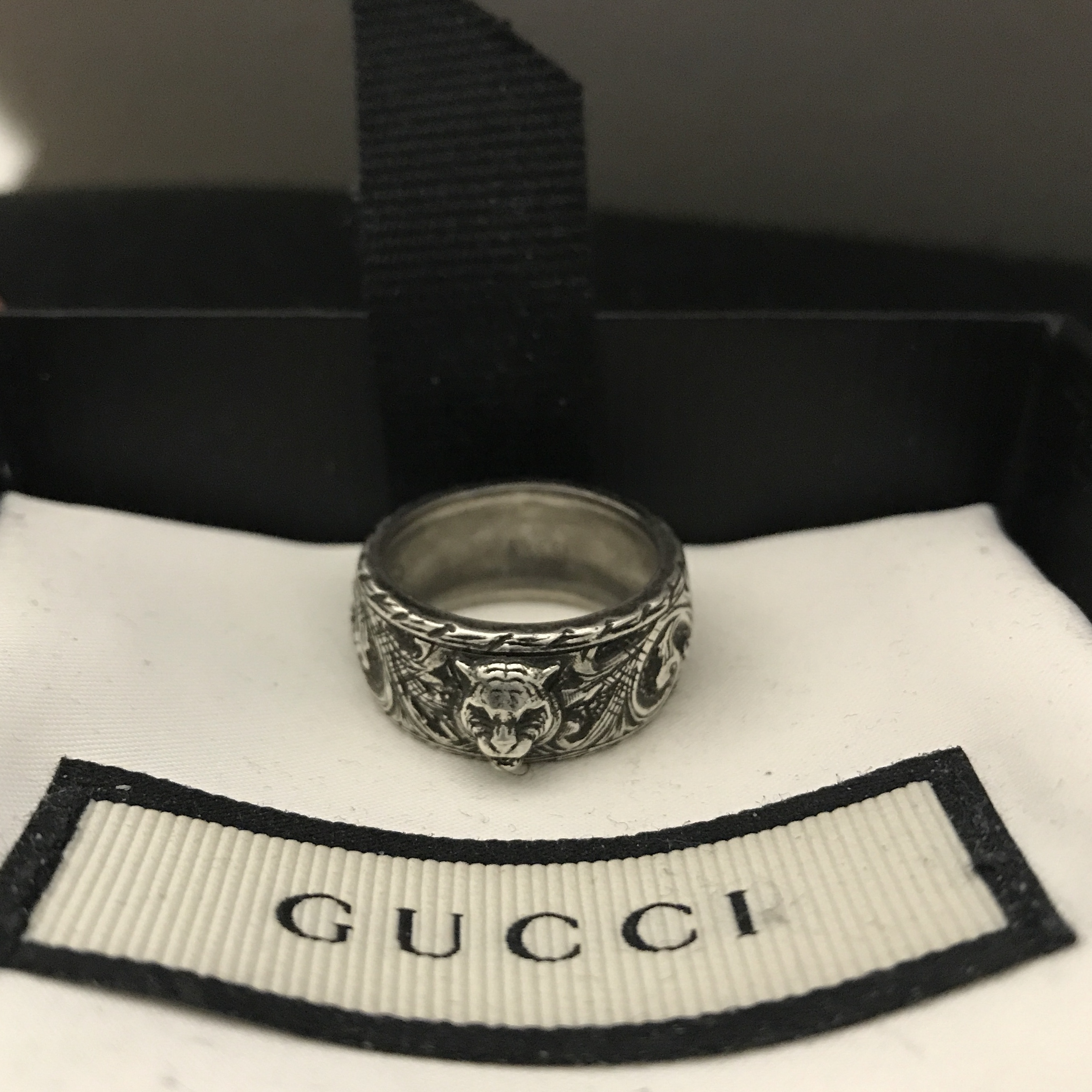 cbde3372ff gucci silver ring with feline head size P - 16 -... - Depop