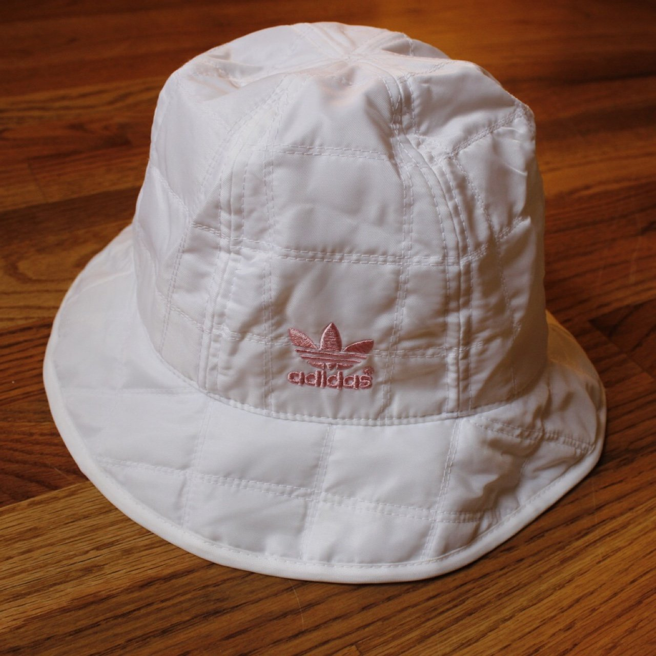 Pink and white authentic Adidas bucket hat. Worn once 619b5dfbfb2