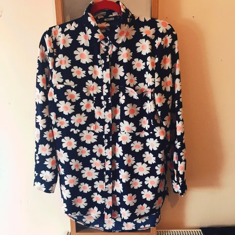 51482f46fa4  Missguided oversized  navy flowery  blouse