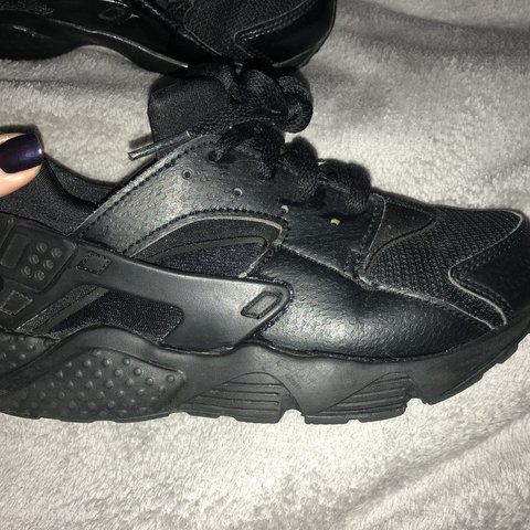 f456a042d3bb Triple black nike huraches