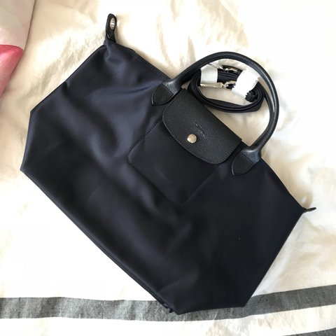 057ea7984619  xjessliux. 4 months ago. United Kingdom. Longchamp Le Pliage Neo Top Handle  Medium Size ...