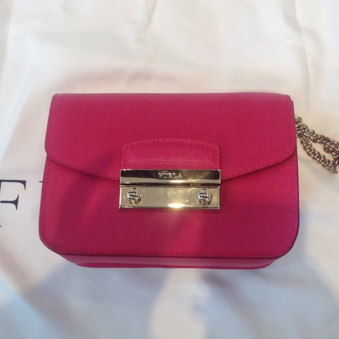 Furla mini Julia / metropolis crossbody bag in hot pink. RRP - Depop