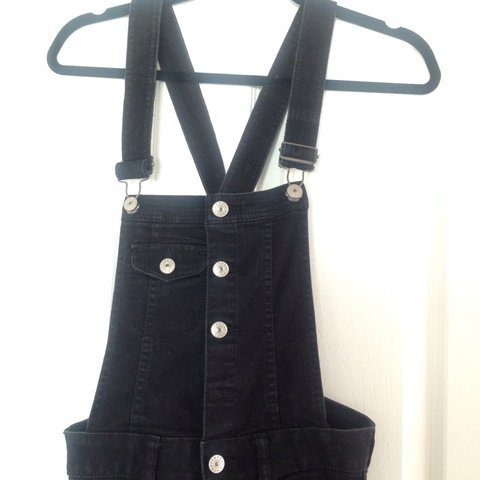 e964dcd908d Black denim skinny dungarees from h m in size 8