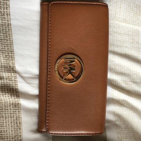 8defd7b0df8d @melissaannag. 4 years ago. Shavington, United Kingdom. Genuine Michael Kors  tan leather purse / wallet, used but in excellent condition ...