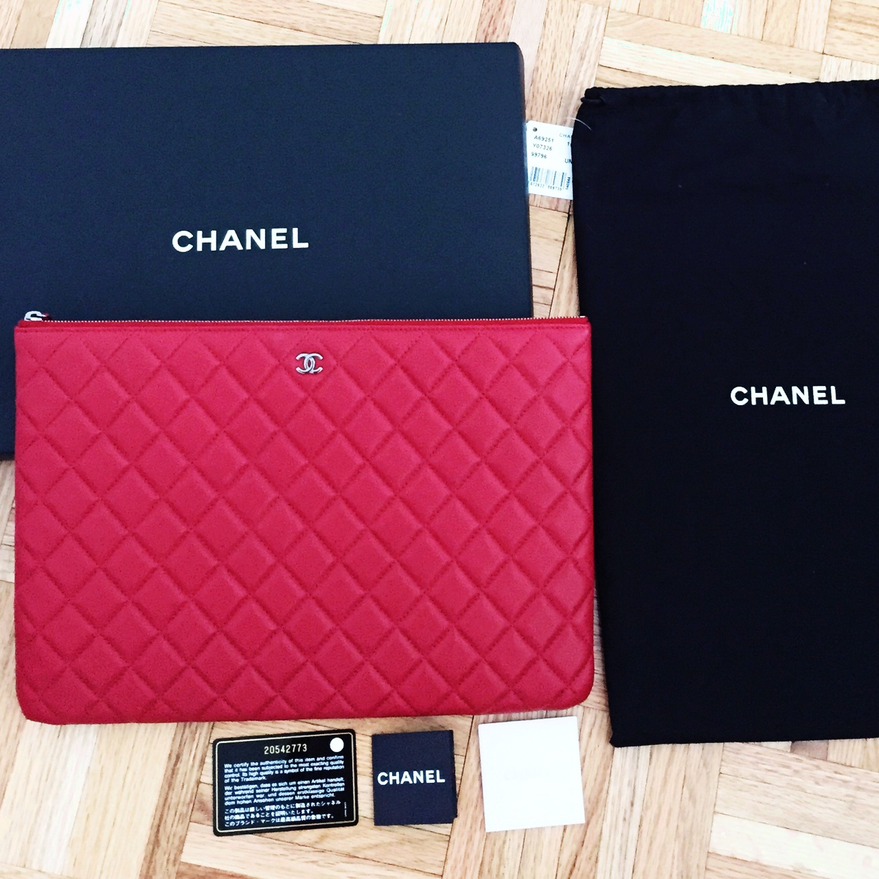 105095cdfc0f Chanel Jumbo NWT red lamb skin leather clutch/pouch. New - Depop