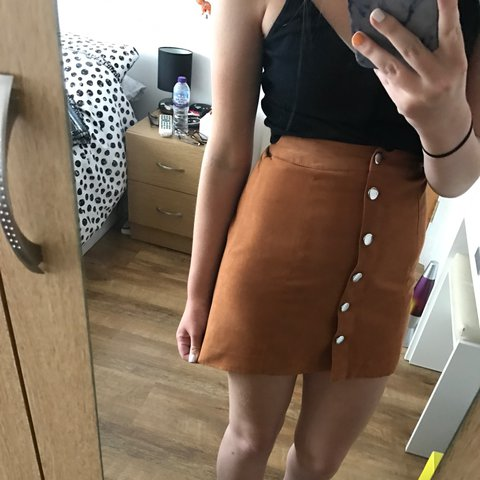 dfe994dd97 H&M tan coloured A-Line skirt with silver buttons! Perfect a - Depop
