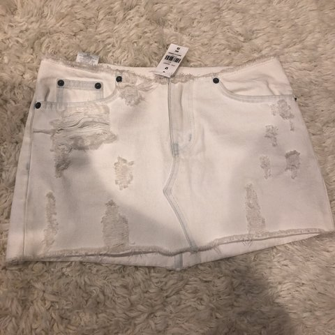 722b2fe889 @lilybeckham23. 5 days ago. Huntington Beach, United States. message me for  bundle deals! NWT LF Carmar kuri denim white low waisted distressed mini  skirt!! ...