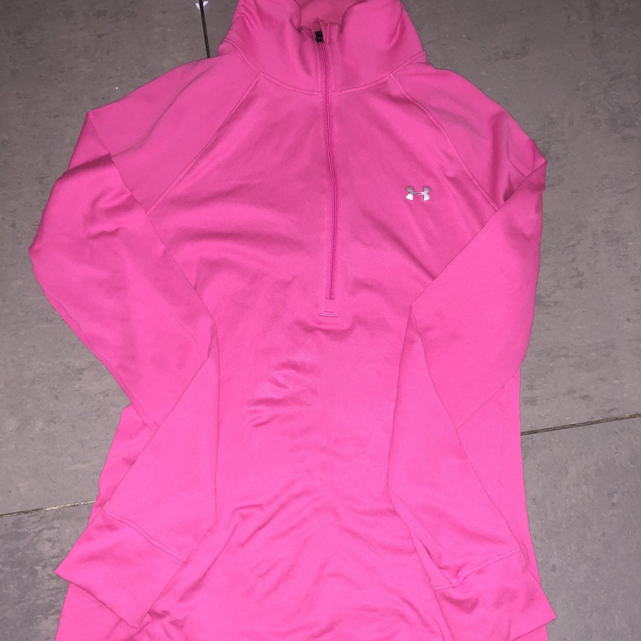 3f33783797094e Pink under armour thin jumper.