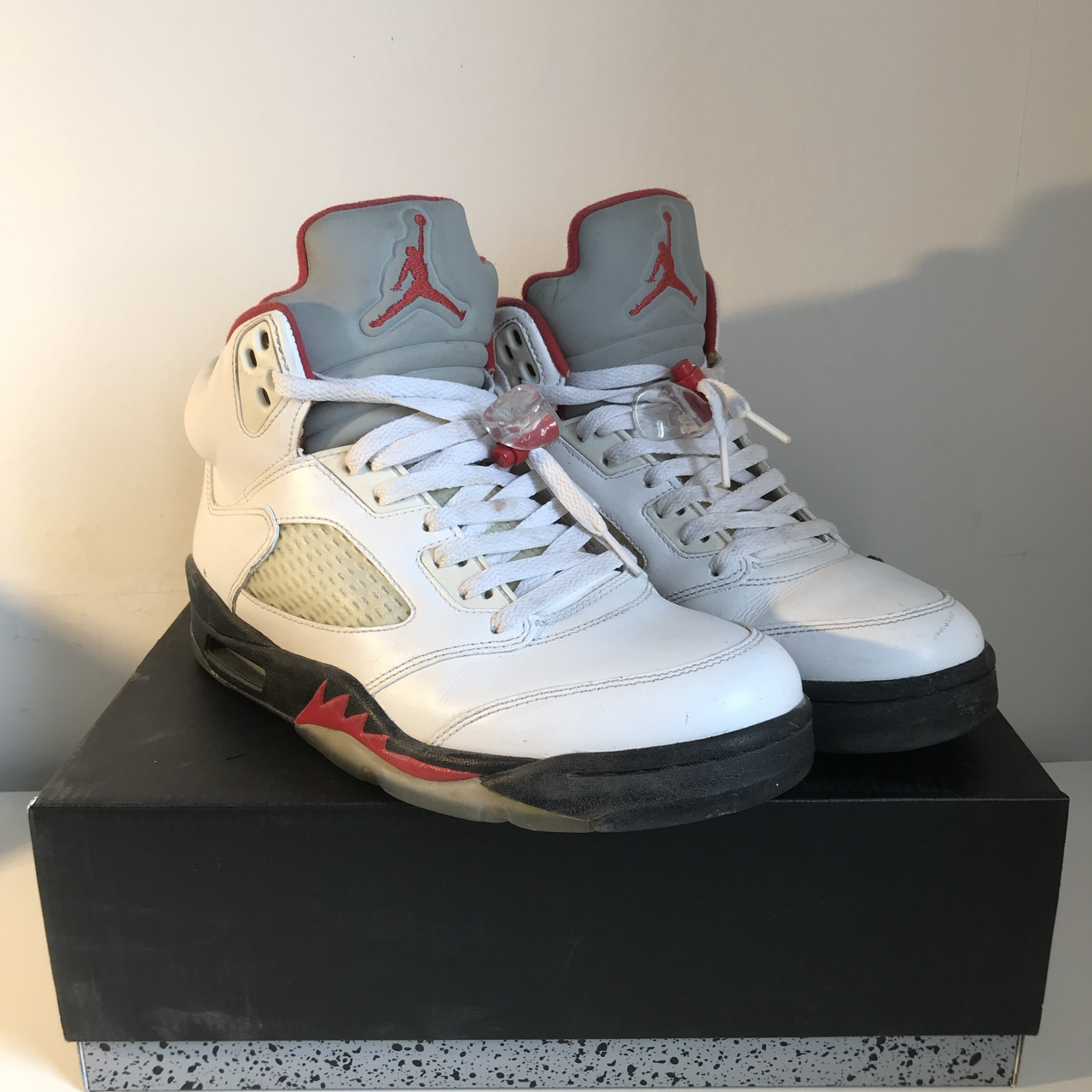 separation shoes 77871 9f4e9 2013 Nike Air Jordan 5 Retro White Fire Red with 3M... - Depop
