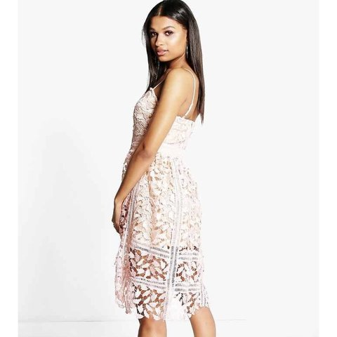 19fee7e29a6 BNWT SIZE 10 Pink And White Lace Midi Dress from Boohoo - Depop