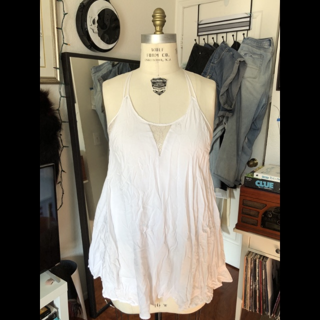 edbf9578a92 Worn only once! Dress from forever 21 lovely lace detail as - Depop