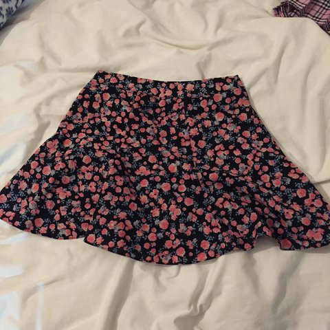 Recommend H m floral skirt you has