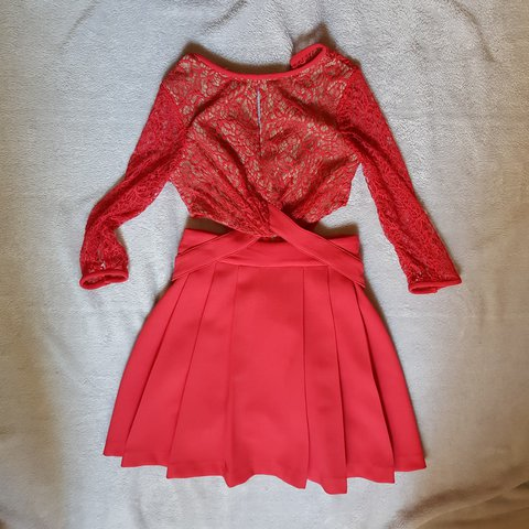 aeba6a0280f7 Three floor mini dress never been used. Size 2 red dress. of - Depop