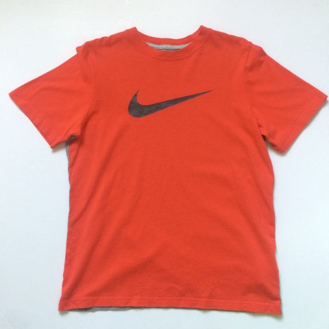 39d3e186 @johnsvintage. 2 years ago. Portsmouth, Portsmouth, UK. Vintage Women's  Nike T Shirt , Size Women's Large . Good condition! 97 95 #nike air max