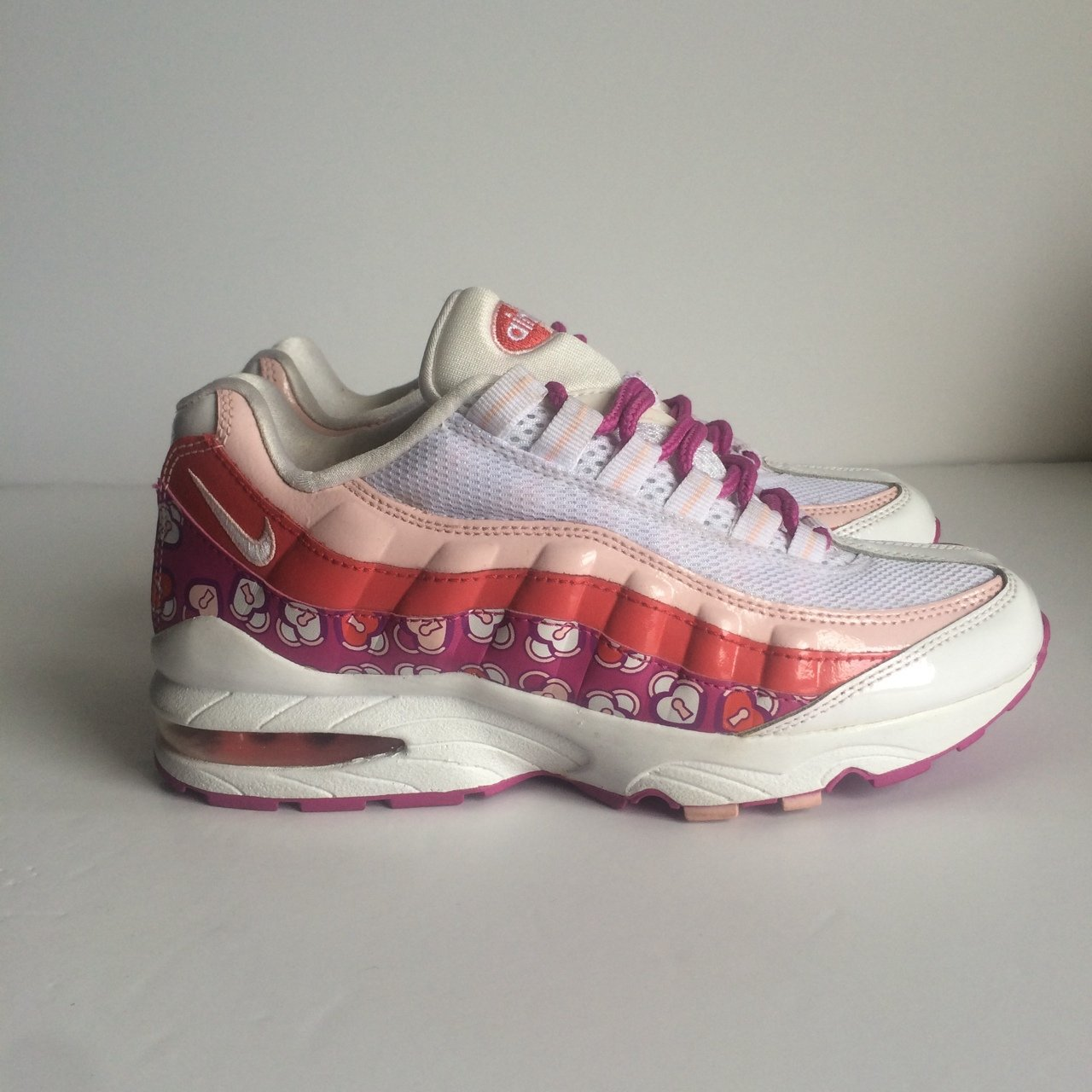 51fc12224c @johnsvintage. 3 years ago. Portsmouth, Portsmouth, UK. Nike Air Max 95 ,  White / Pink ...