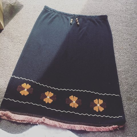 cfa673c54a REDUCED 💫 Vintage Black Skirt with Warm Toned Colourful
