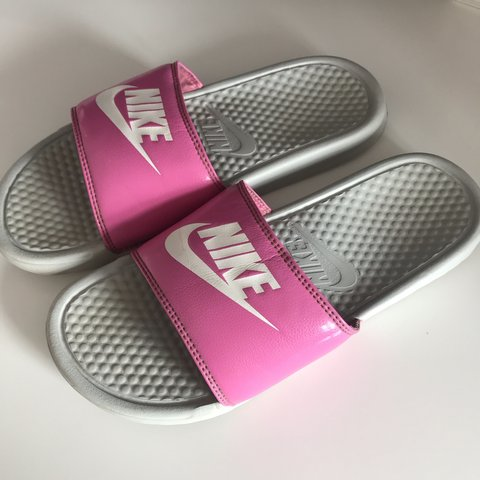 1a7e3d7bbb9a Nike grey and pink sliders - size 5-8 ( I am a 6.5) • worn - Depop