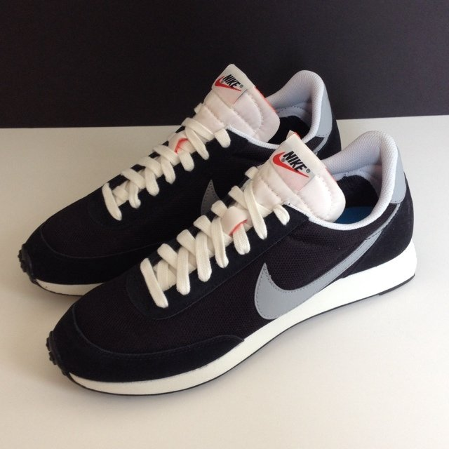 340353ba85 NIKE AIR TAILWIND '78 - black and silver - size US 10 / UK 9 - Depop