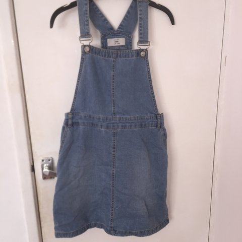 3b6144ea59 New look denim dungaree dress for sale!! Best fit size 10! - Depop