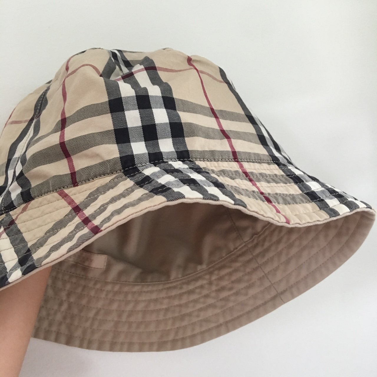 f6131a5dccf05f @georgiahusson. 2 years ago. Water Mill, United States. Authentic Burberry  bucket hat.