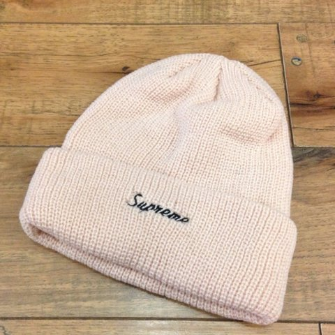 f53bb671949be Supreme loose gauge beanie pink not my pics perfect - Depop