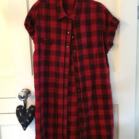72d4b6a33ecf @gracebromby1. last year. Southfleet, United Kingdom. RED AND BLACK CHECKED  NOISY MAY SHIRT DRESS ...