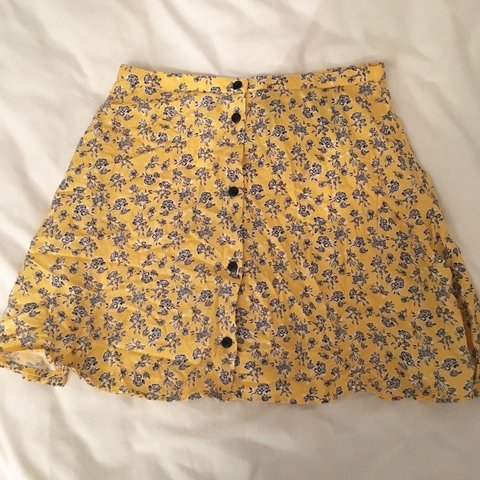 7951be58ff77 @gribben_anna. 3 years ago. London, UK. H&M divided yellow flower/floral  printed exposed button up skater ...