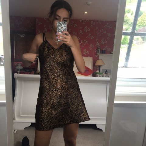 REDUCED! Again!!!! Amazing vintage leopard print silk dress. - Depop bfa2a1966
