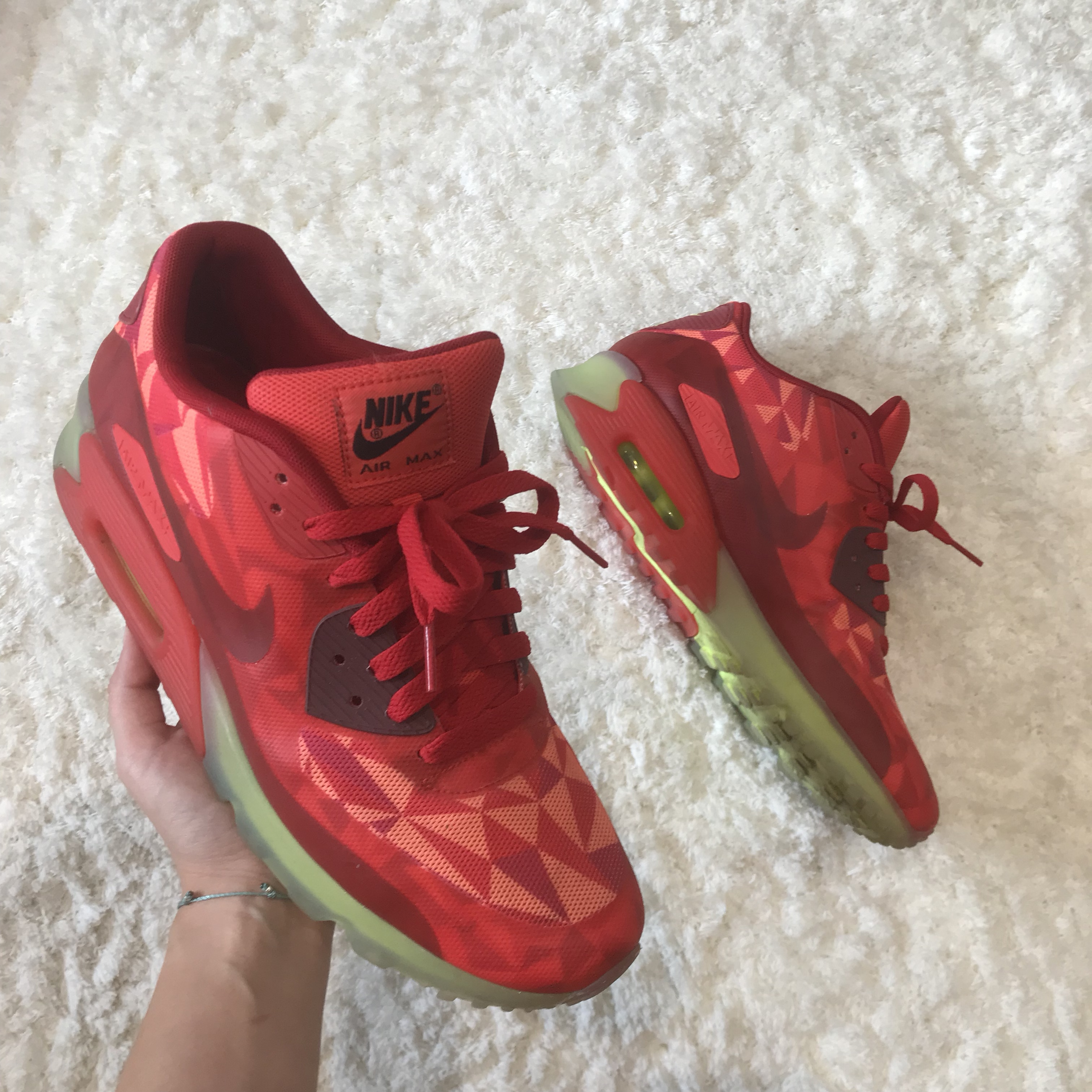 new style ed1cf 7a4b6 Nike Air Max 90 Ice Pack - Gym Red / University... - Depop