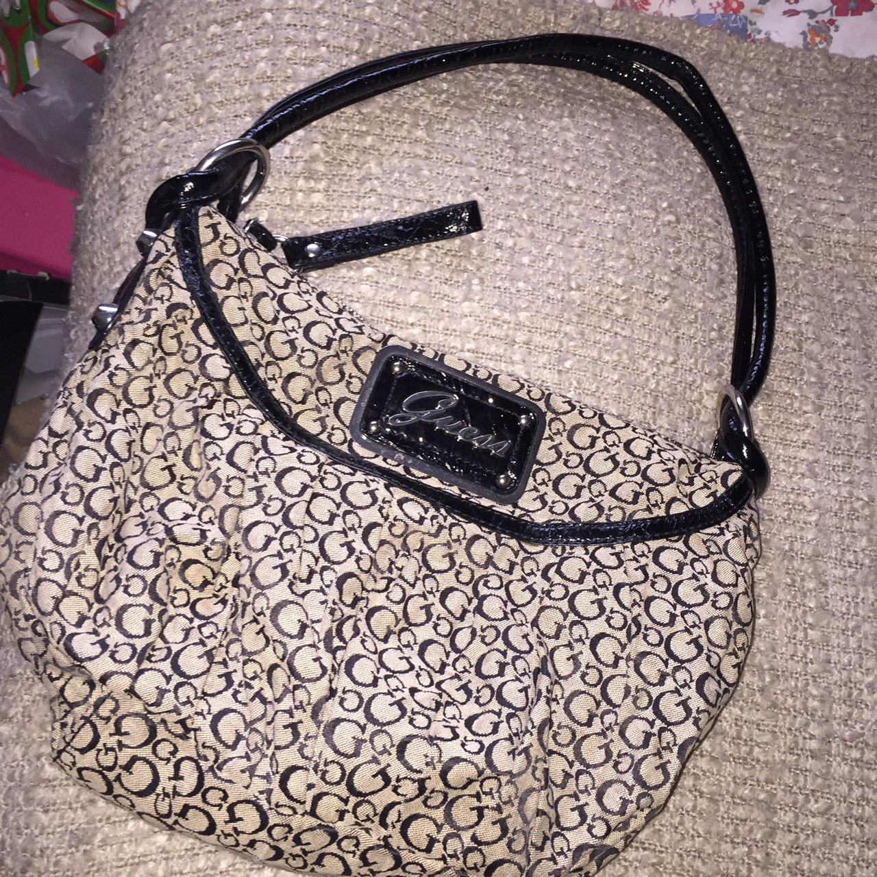 Original guess bag bought from VAN MILDERT. Hardly been used - Depop 3a2da15de12b9