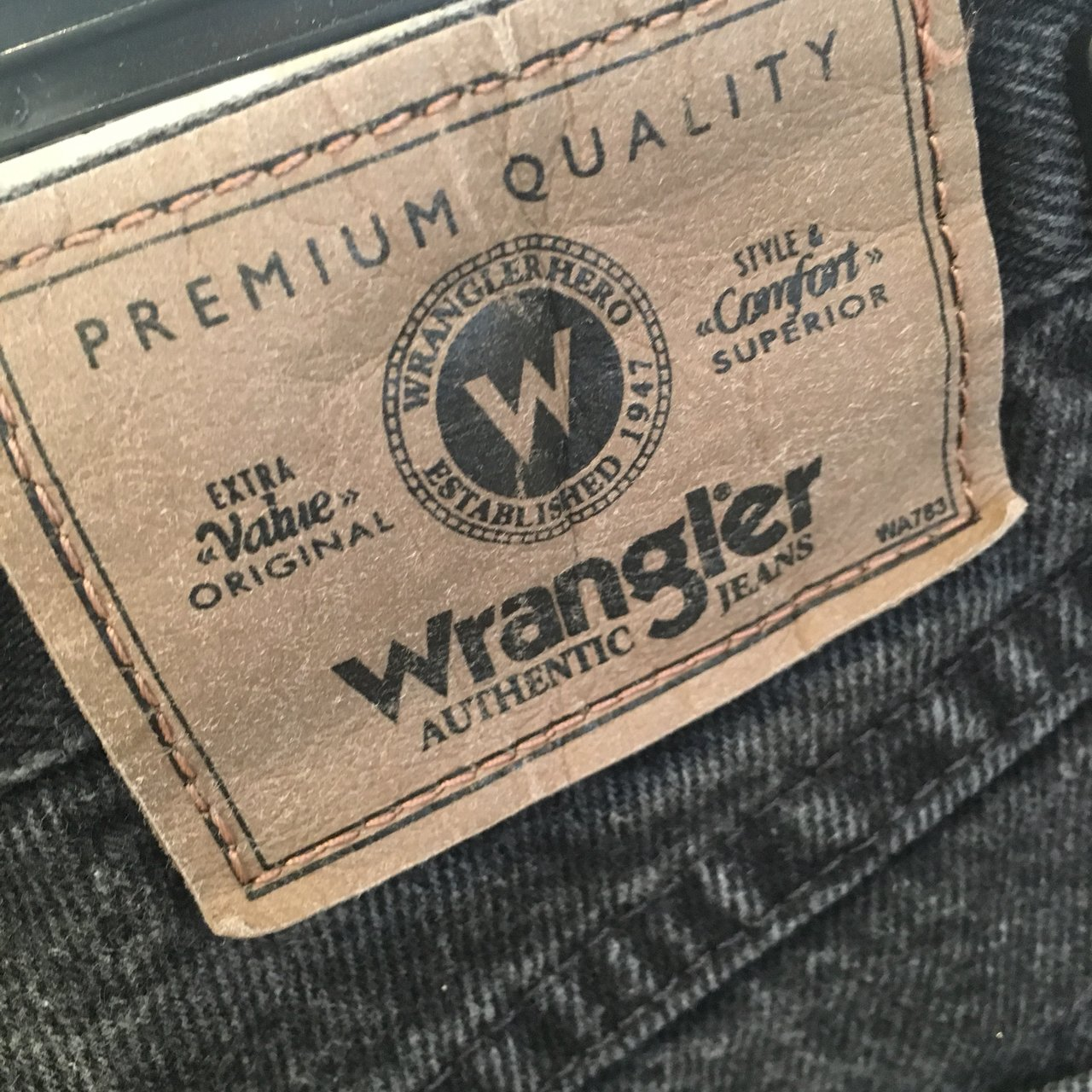 2dca7a3a Dark grey vintage wrangler denim