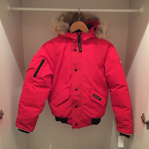 07e59ebbb Youth Canada Goose Rundle bomber jacket    Age 14-16 years. - Depop