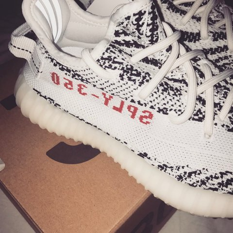 19dcdfd3c  fuckenchy. 2 years ago. Netherlands. Adidas Yeezy Boost V2 Zebras    DS    Size  EU 36 US 4 UK 3 ...