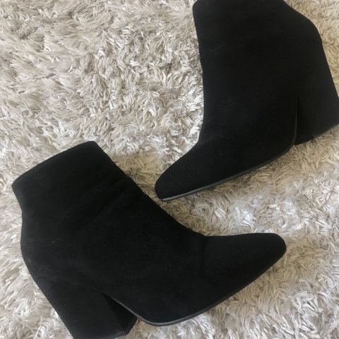 dc2f2eb980 Black booties with gold zipper from Shein. Heel height is 2 - Depop