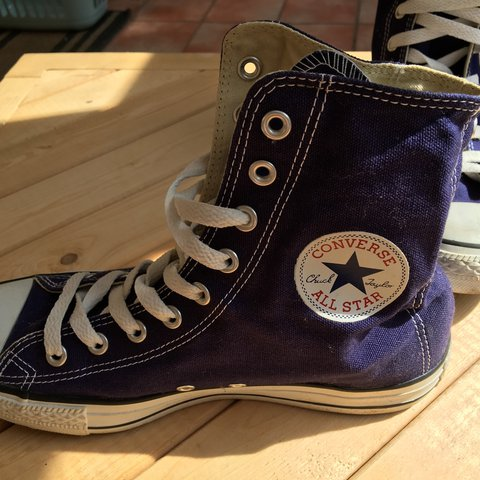 337175a59796 PURPLE HIGH TOP CONVERSE IN MEN SIZE 7 OR WOMEN SIZE 9