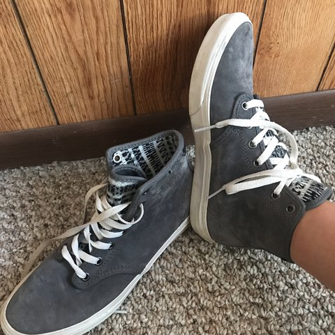 de1b311791 Barely worn VANS high top sk8-hi charcoal grey sneakers. 8 - Depop
