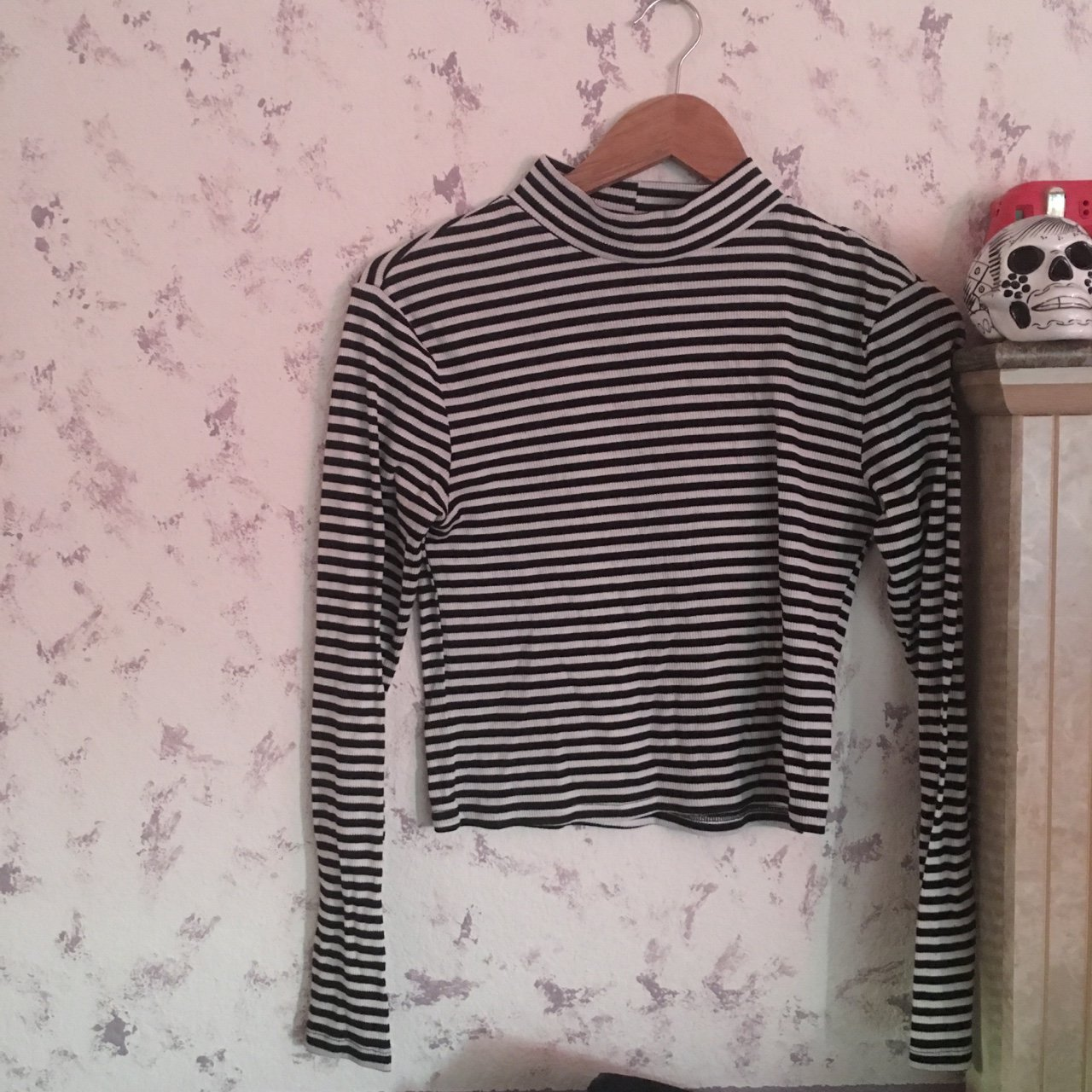 be4b31422967e H M mock neck striped long sleeve - fits as crop top New or - Depop