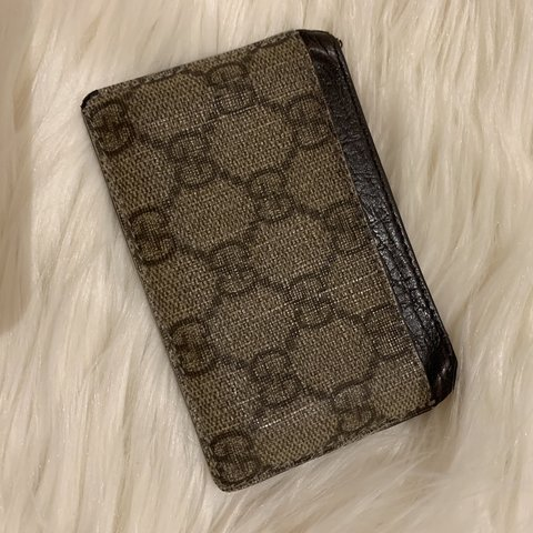 48bdca3bbf8b @farahjamil. last month. Manchester, United Kingdom. Authentic Gucci card  holder used ...