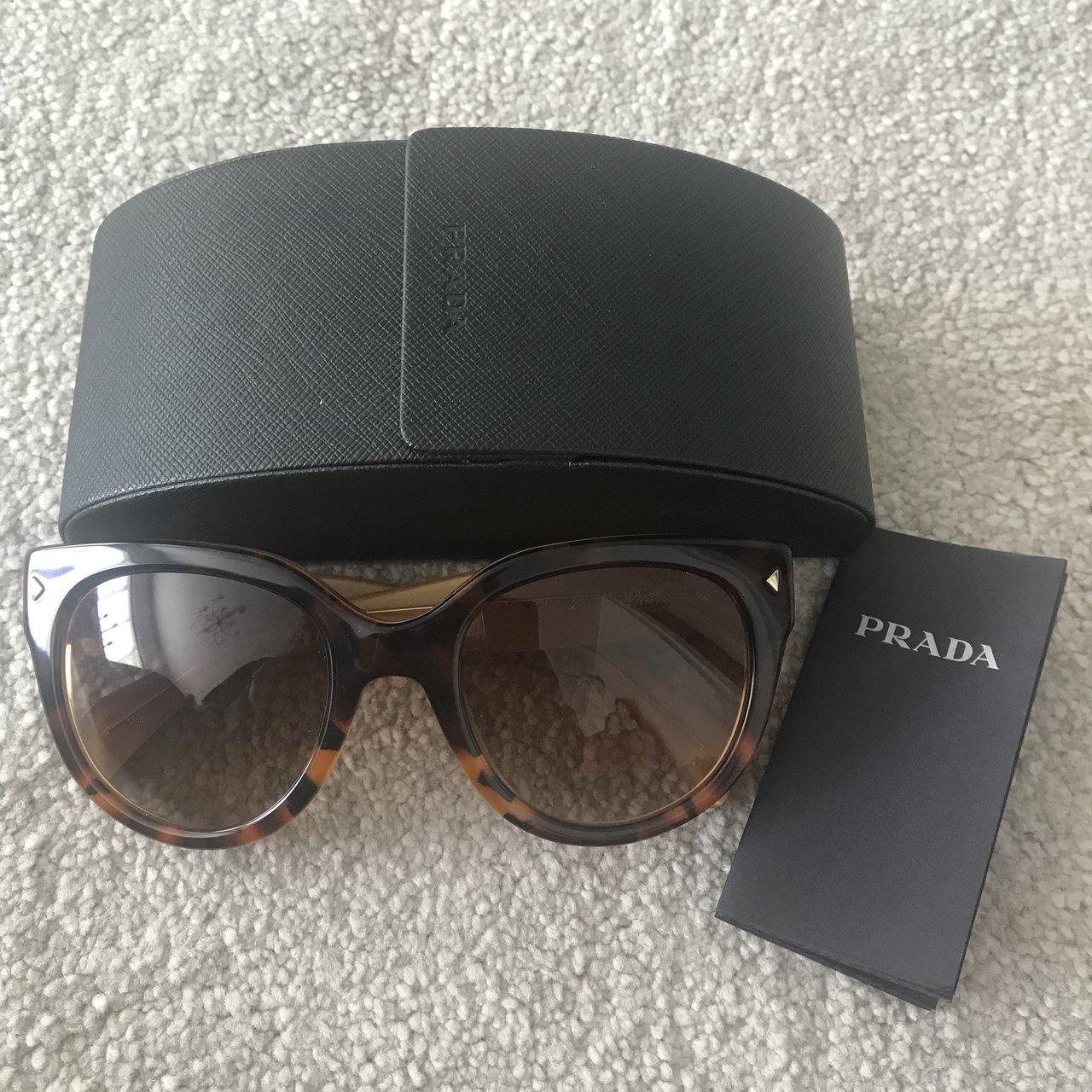 defed2f672910 Real My Never Depop Worn Perfect In Prada Condition Sunglasses vwqxvr1AnS