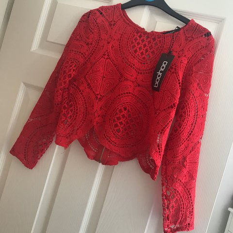 cccc4b1ab3d @keeleymariebaker. last year. Selby, United Kingdom. Boohoo crochet lace  zip back red crop top. BRAND NEW WITH TAGS. SOLD OUT ONLINE. Size 10.