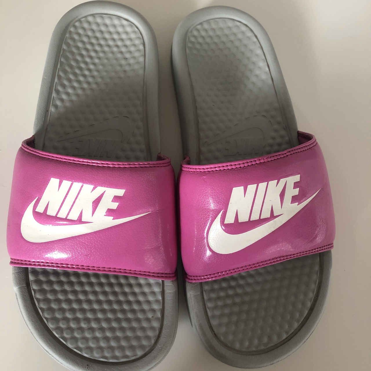 Nike sliders. Size 5.5. Fab condition