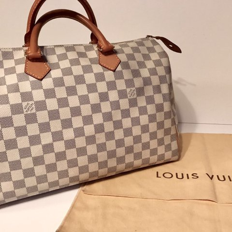 4f26d62d0b3 LOUIS VUITTON SPEEDY 35 DAMIER AZUR SELLING ASAP  NEEDS TO - Depop
